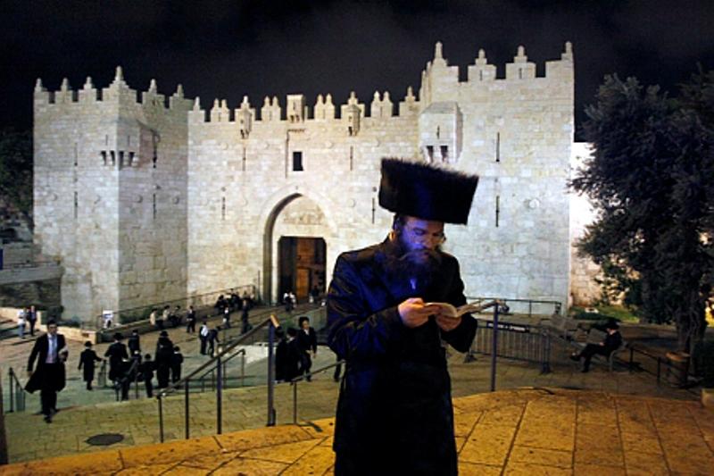 בליל שבועות: יהודים יוכלו לעבור בשער שכם - רק אחרי חצות