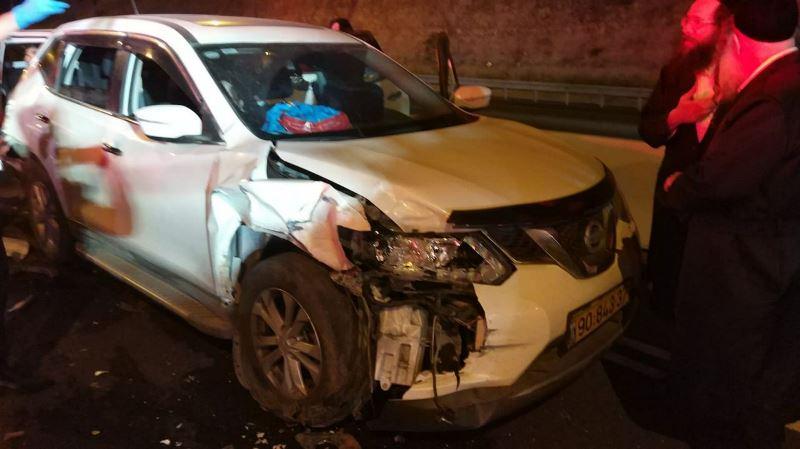 תאונת שרשרת בכביש 1: כ-20 פצועים טופלו