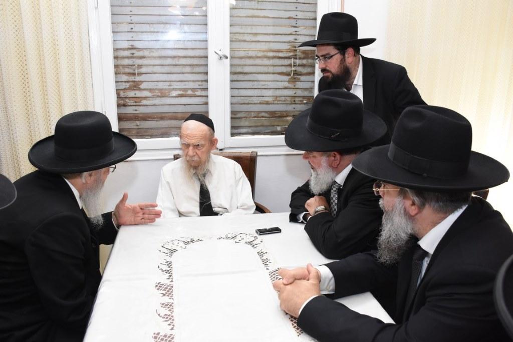 הישיבה הספרדית נוסדה בבתי גדולי ישראל הליטאים