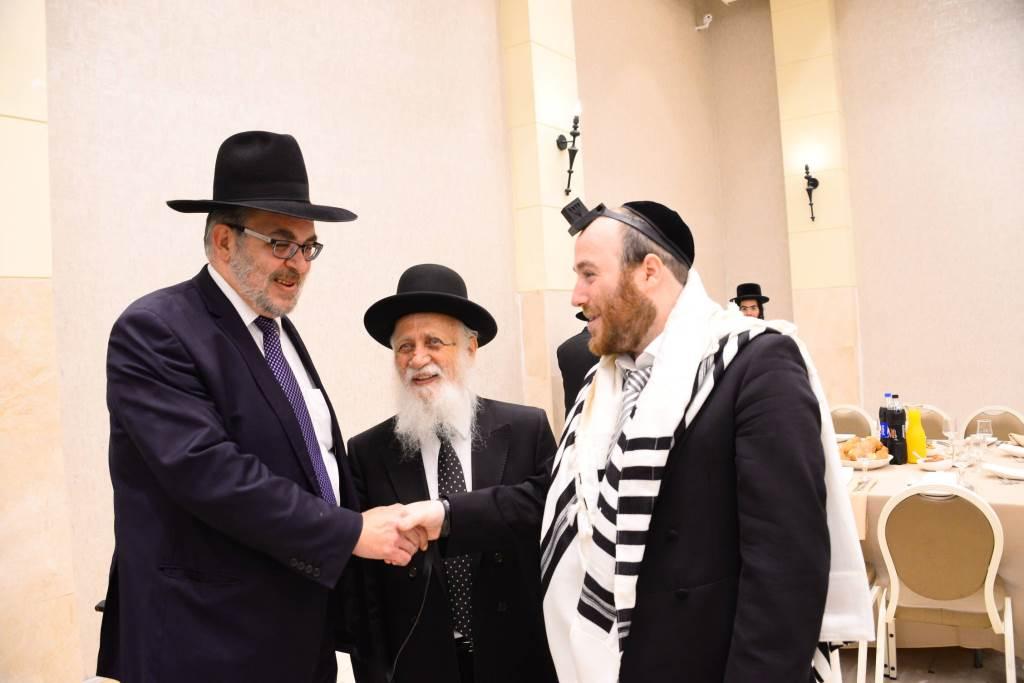 """ויקרא שמו בישראל: אהרן יהודה לייב ארנד • צפו בברית לבן הרל""""ש"""