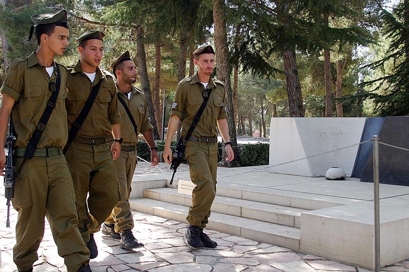 בחורים סירבו לפקוד את קברו של יצחק רבין