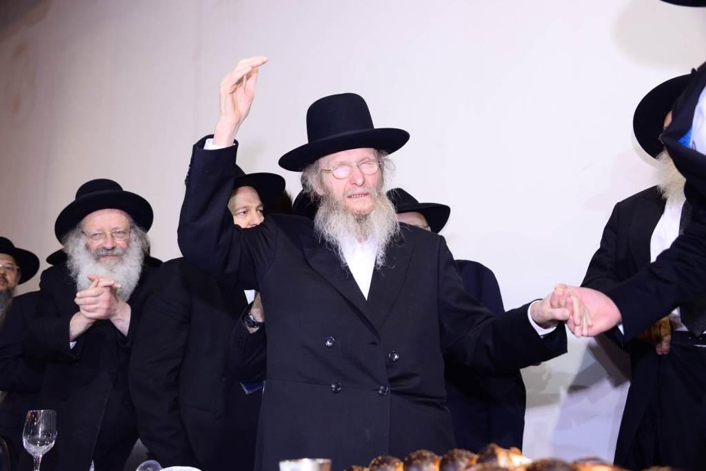 נגידים מכל העולם: המשגיח רבי דן סגל חיתן נכד ראשון