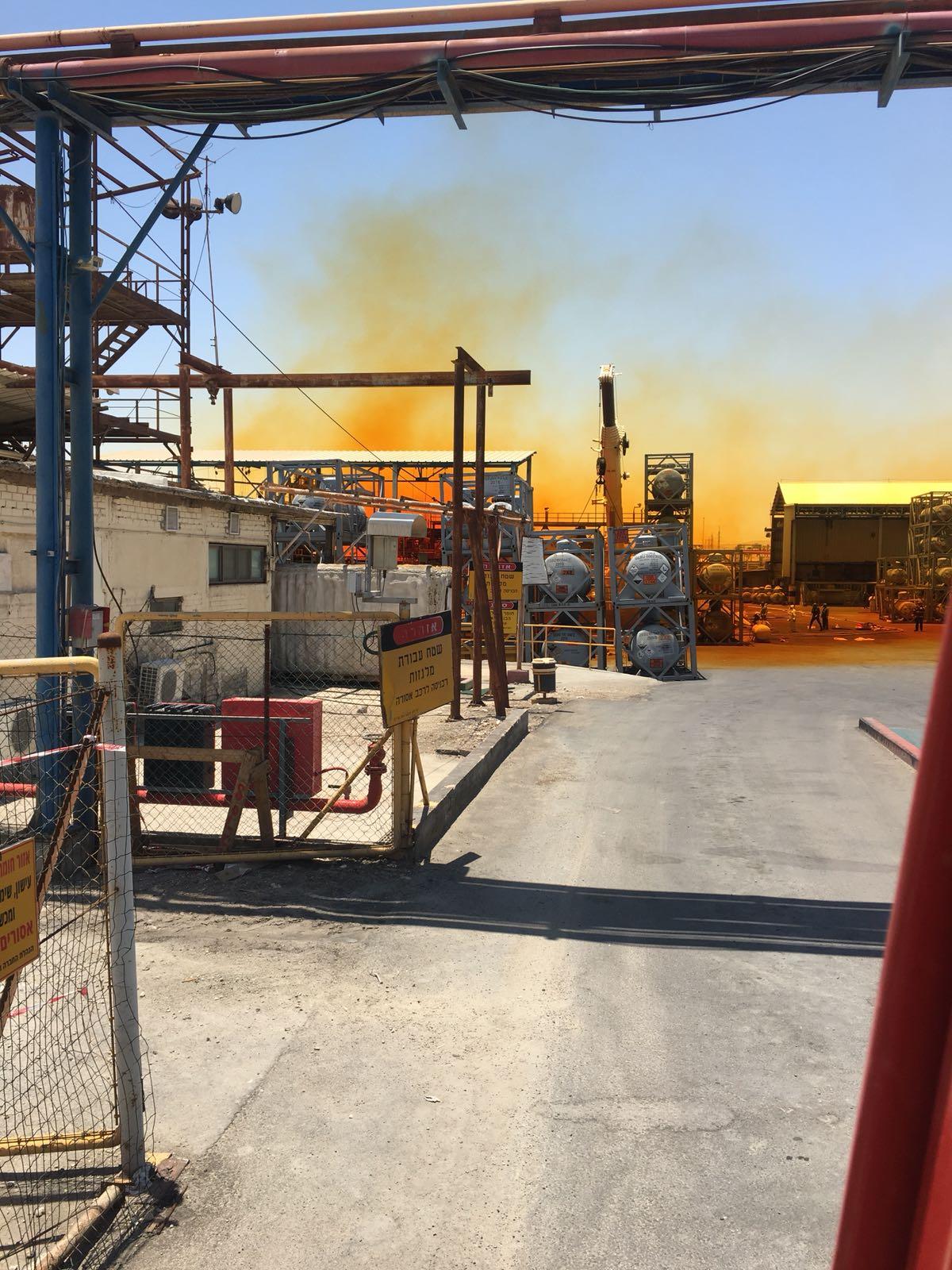 חומר מסוכן  דלף ממפעלי ים המלח: לתושבים הותר לצאת מבתיהם