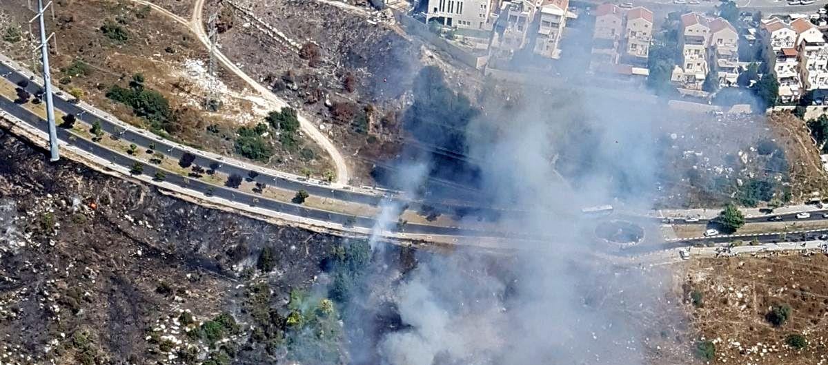 שריפת ענק מאיימת על השכונה החרדית • צפו