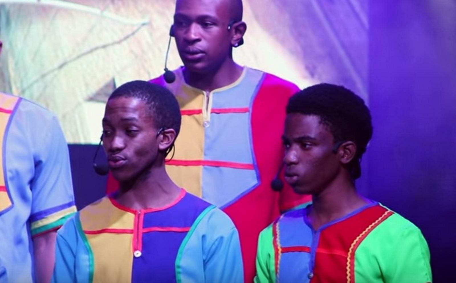 מיוחד: הילדים האפריקאים שרו עם הזמר החרדי
