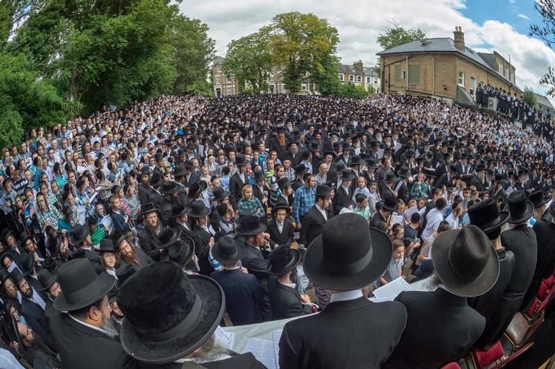 עצרת הענק נגד הגזירה בלונדון - תיעוד מרהיב מכל הזוויות