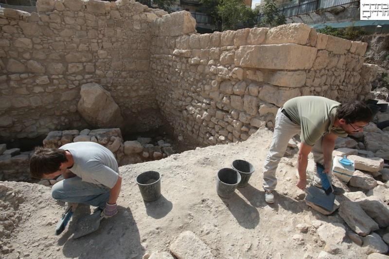 תיעוד היסטורי: כך נראית המצודה של אנטיוכוס