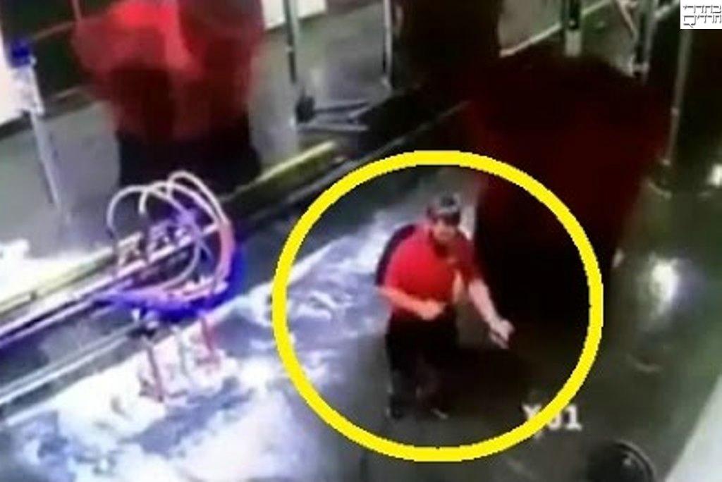 צפו: נלכד במתקן שטיפת רכב שהחל לפעול וזה מה שקרה