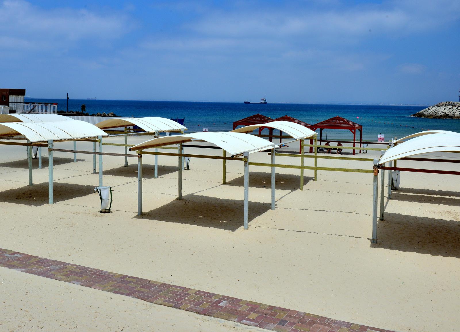 מתרחצים בחיפה? החוף השקט לא ייפגע