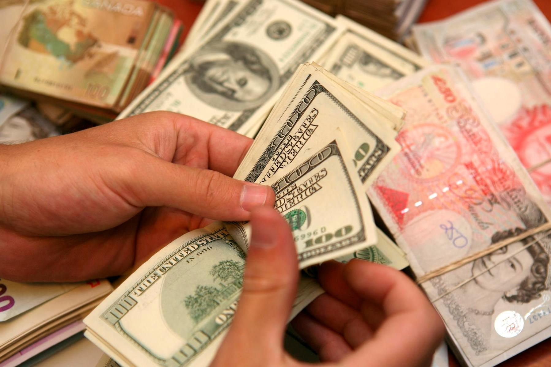 """הגמ""""חים החרדים: שני מיליארד, בלי כסף שחור"""
