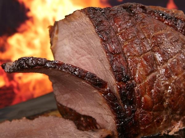 פשטידת בשר חגיגית וטעימה: המתכון של אתי