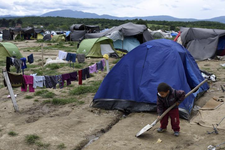 המסע נמשך: חיי היום יום במחנה אידומני