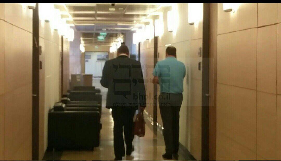 וידאו: ליברמן עוזב לאחר התפטרות ח