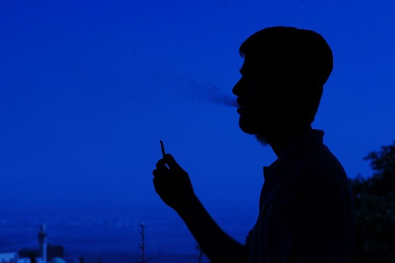 ליצמן וגליק מובילים: סיגריות רק מגיל 20