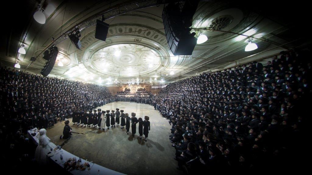 תיעוד מהקור של ניו יורק: אלפים חגגו בחתונת סאטמר