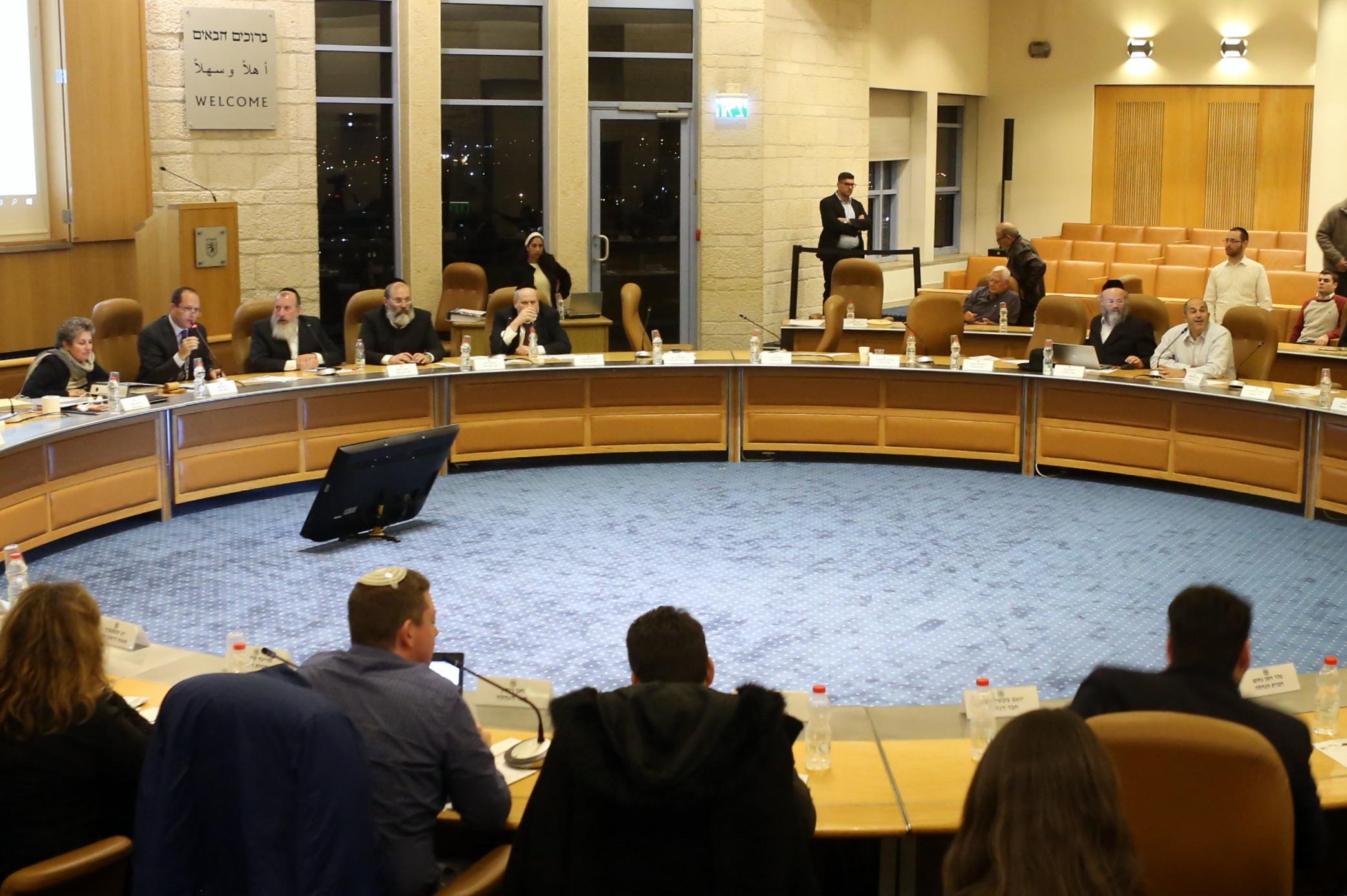 צפו: הנציגים החרימו את ההצבעה על התקציב