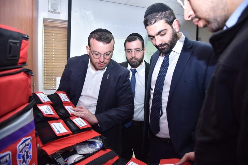 מלכיאלי ביקר ב'איחוד הצלה' בי-ם • וידאו ותמונות