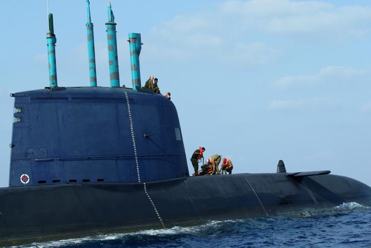 פרשת הצוללות: מנהל לשכת נתניהו לשעבר, דוד שרן, חשוד בקבלת שוחד