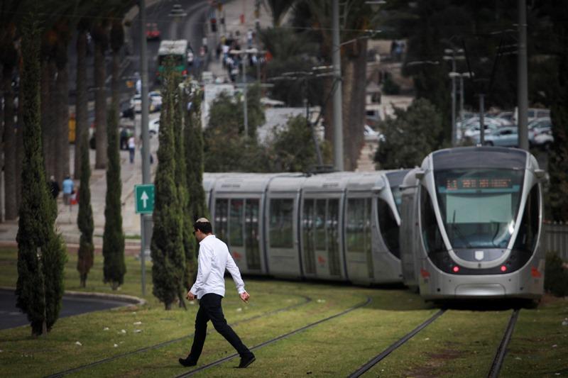 אושר: רכבת קלה תחבר בין חיפה לנצרת