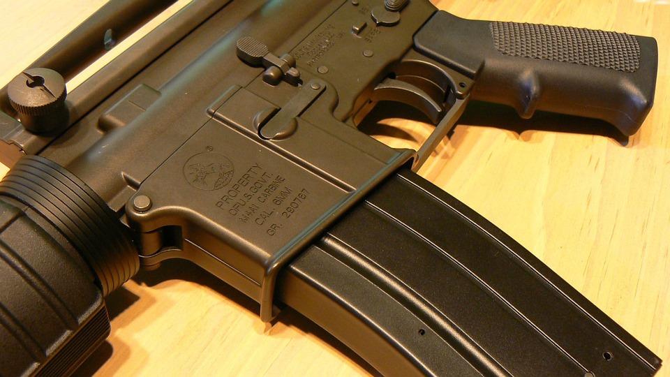 אישום: ערבי בן 13 ניסה לחטוף נשק מחיילת בלוד