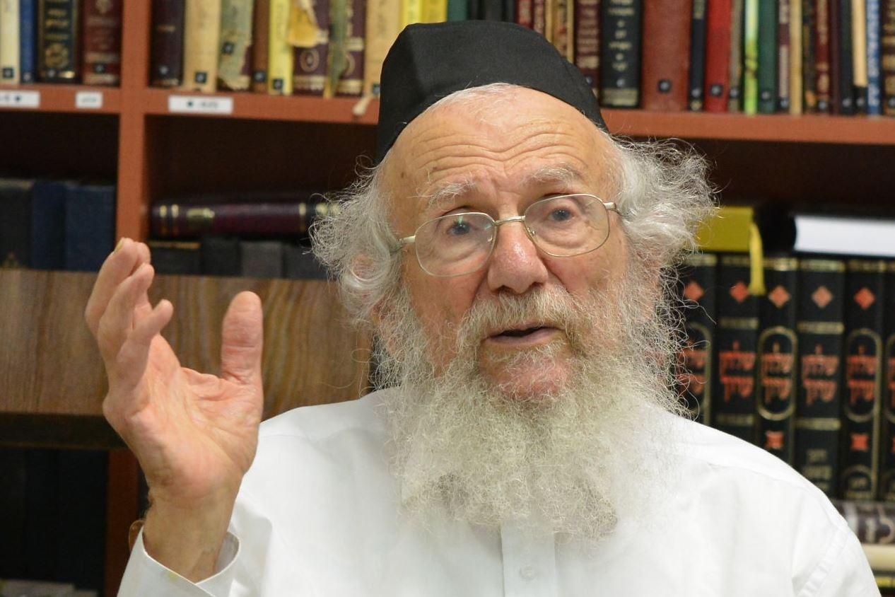 11 חודשים ללא רבי יעקב - האיש שאיחד את הפלגים בעיר