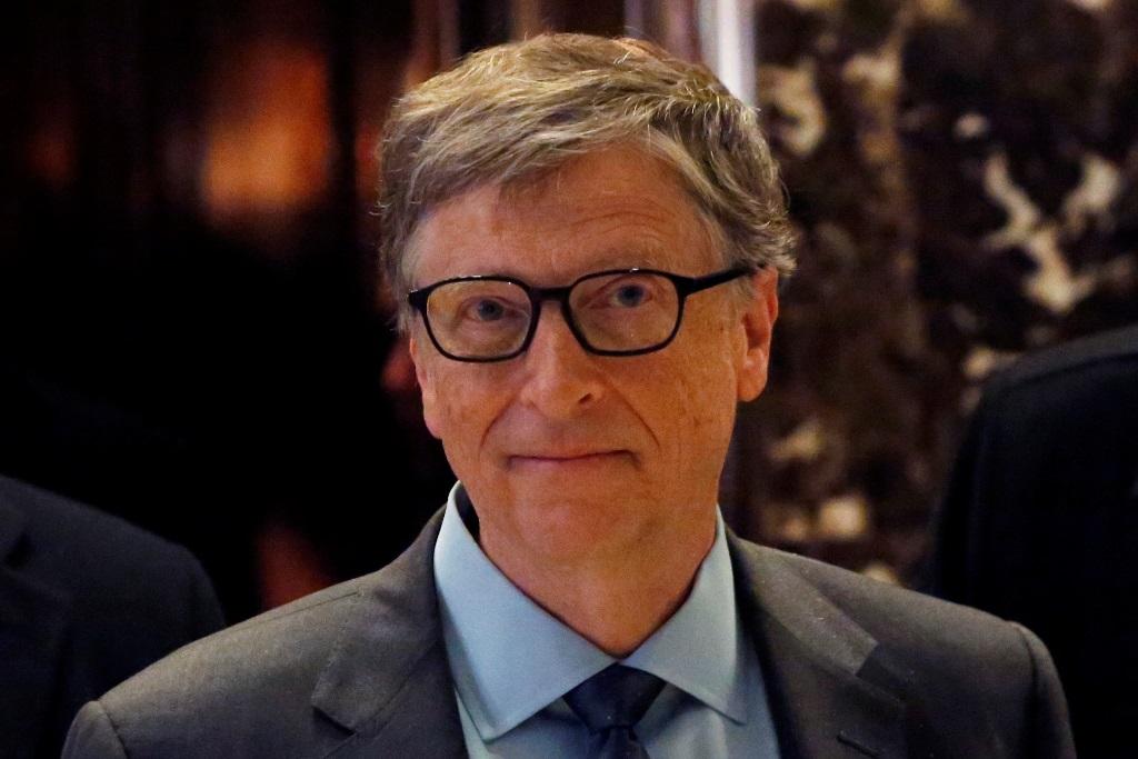 גייטס שוב הודח מתואר האיש העשיר בעולם