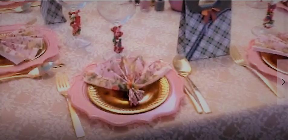 צפו: שולחן השבת הנשי של אפרת פטרזייל