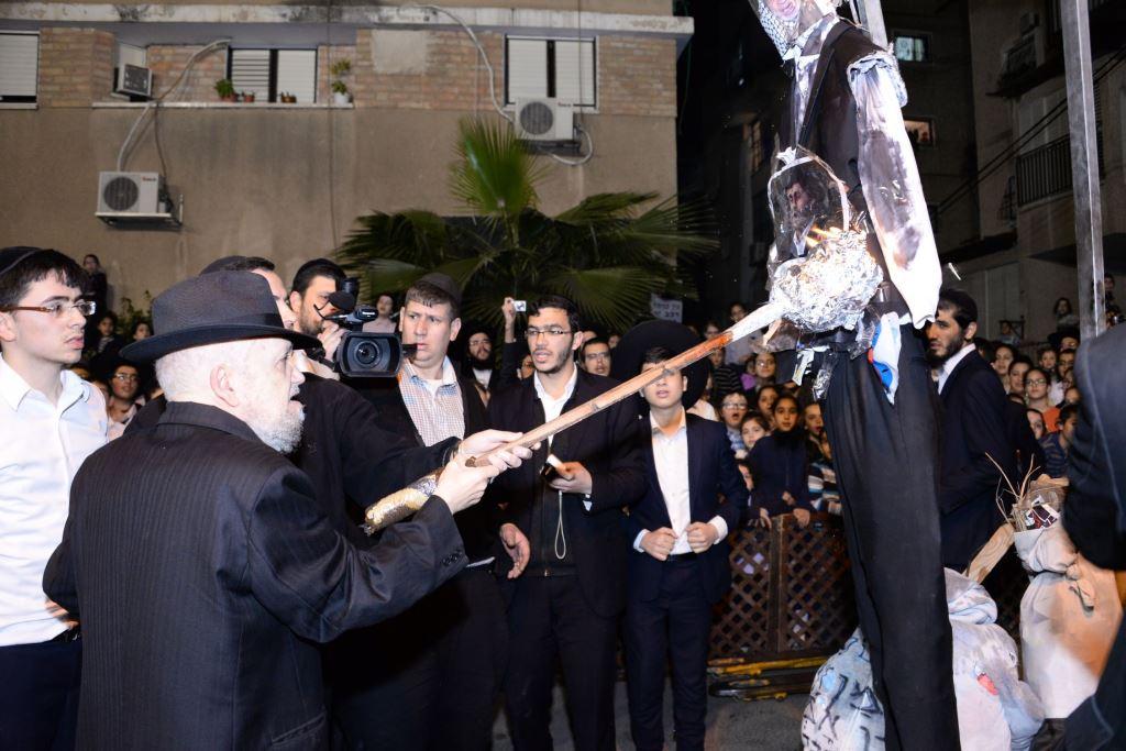 הרב מאיר מאזוז שרף את אובמה • צפו בתיעוד