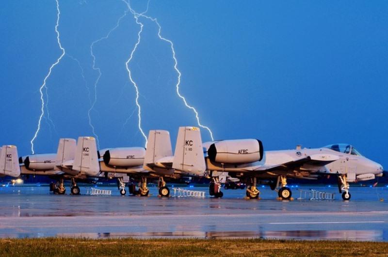 מטוס ייחלץ את פרוש וסורוצקין מהנחיתה בקנדה