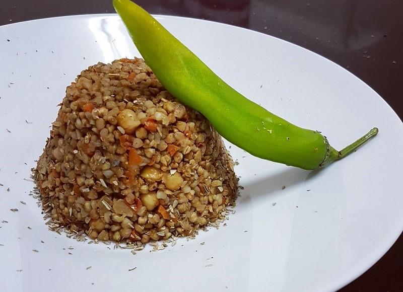 צפו: הכנת תבשיל כוסמת נהדר