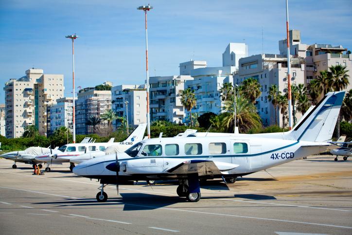 הוחלט: טיסות אזרחיות משדה דב עד 2019