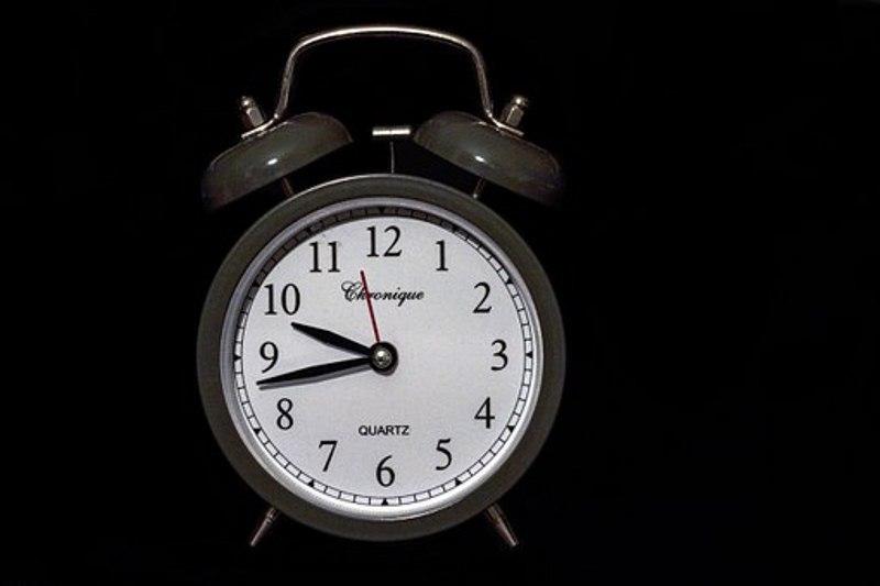 לזוז שעה קדימה: הלילה עוברים לשעון קיץ