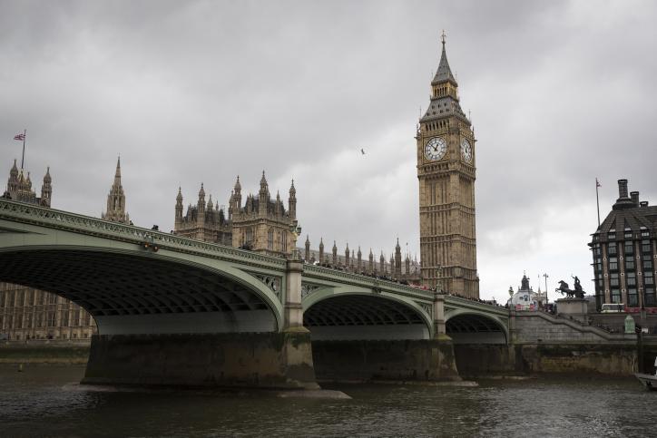 דווקא עכשיו: סיור מצולם בלונדון הפגועה
